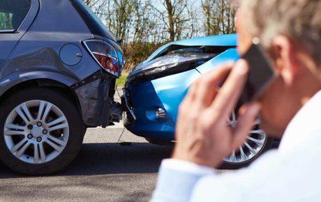 Los seguros de automóvil descienden ligeramente en 2016