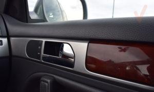 Volkswagen Touareg detalles puerta