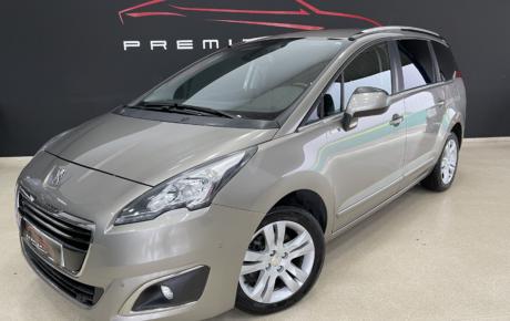 Peugeot 5008 7 Plazas 120cv Diesel Automático